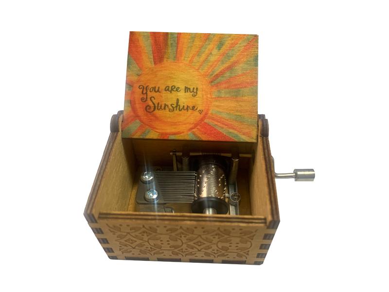 18 note hand crank music box tune You Are My Sunshine